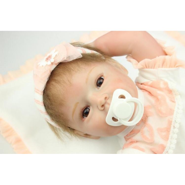 Bebê realista Reborn MarjorIe em Vinil silicone. Ref. 2528